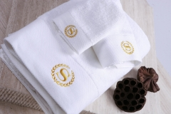 Set-Towels-Embroidered-Single-Pile-White